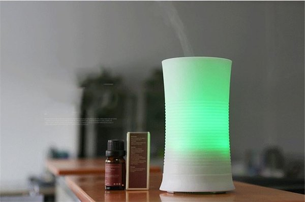 Hot Sale New Arrival Ultrasonic 7 Color Rainbow 100ML Ultrasonic Aroma Diffuser Humidifier LED Color Changing Air Mist Purifier LLFA