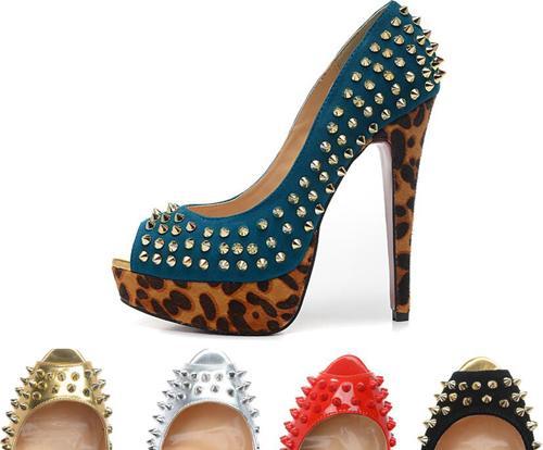 Luxo Peep Toes Com Spikes Rebites Leopard plataforma Das Mulheres Bombas, 140mm Designer Vermelho Fundo Sapatos de Salto Alto Sexy Ladies Wedding shoes