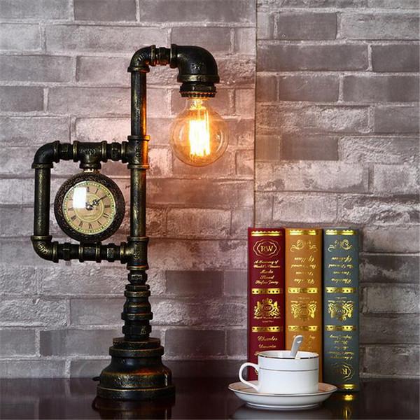 Die Metallweinlese, die Retro- Lampensockel-Halter ein Kopf-Dachboden-industrielle Metallrohr beleuchtet, beleuchtet beleuchtende Basis