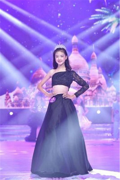 Black Lace Sweety Two Piece 2017 New Arrival A line Flower Girl Dresses One-Shoulder Illusion Long sleeve Satin Floor-length Party Dresses
