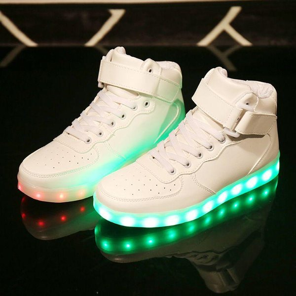 Christmas Basketball Shoes Led Shoes Man Usb Light Up Unisex Sneakers Lovers For Adults Boys Casual Students Sports Gold And White Shoes