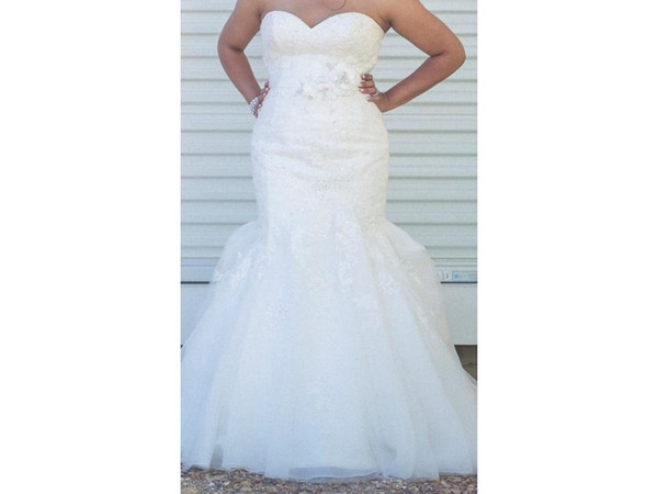 Fit and Flare Gown Sweetheart Beaded Lace Appliques Organza Foral Belt Crystals Mermaid COR-411 Wedding Dress Bridal Gown