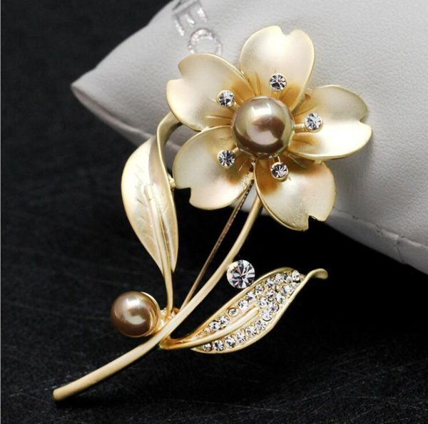 Matte Silver Plated Flower Brooches Pearl Crystal Pins Brooch Rhinestone Corsage Wedding Party Jewelry for Men Women Costume Boutonniere