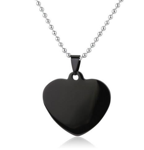 لون المعدن: أسود