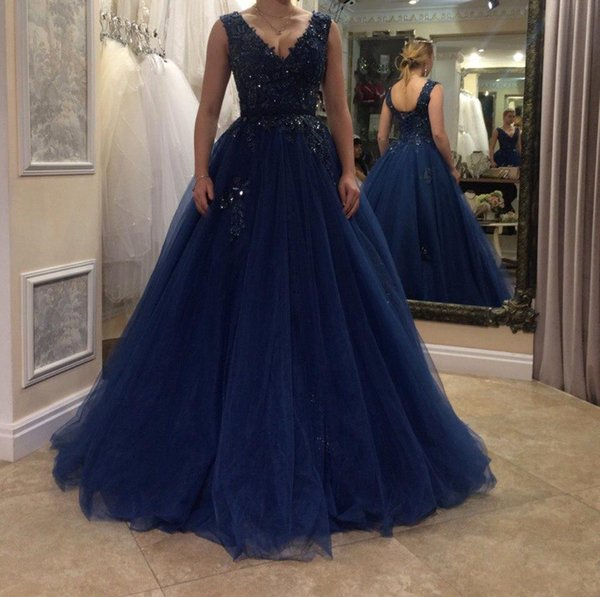 Sexy Navy Blue Evening Dresses Sheer V-Neck Lace-up Long Formal Prom Gowns 2018 Occasion Dresses Jewel Sleeveless Peplum Party Celebrity