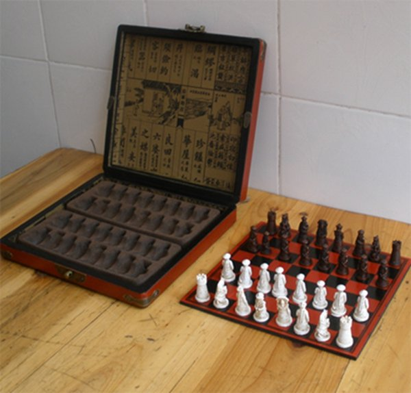 2018 New Chess Set With Wooden Table Board Retro Antique Miniature ...