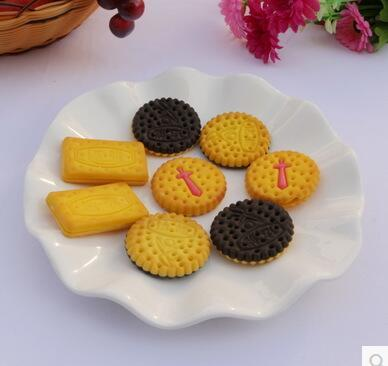 The simulation model of children's play toy food food photography simulation game props fake biscuits biscuits