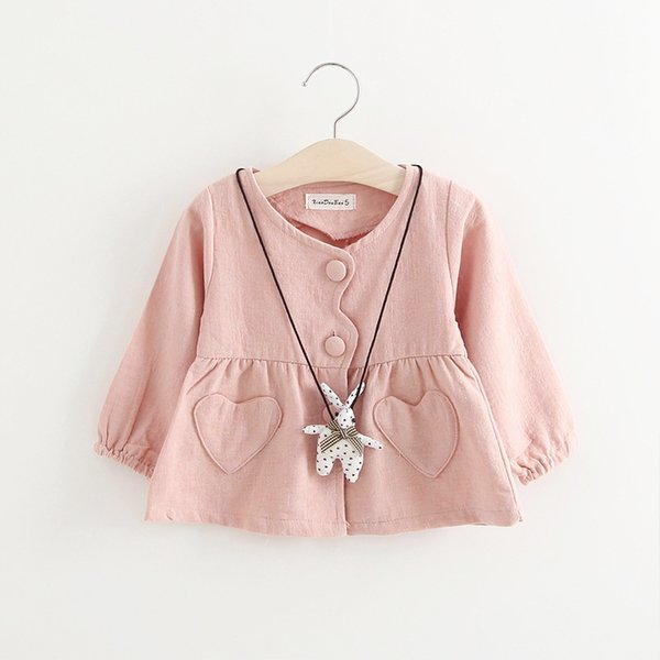 top popular Clear Stock Heart Pocket Girls Cardigans 2018 Spring Kids Boutique Clothing Korean 1-4T Little Girls Solid Color Outerwear 2019
