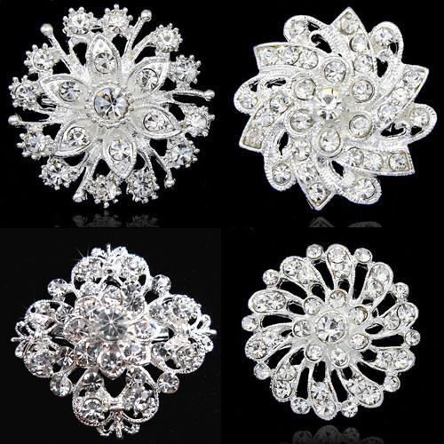 Fashion Stunning Crystals Floral Wedding Brooch Popular Invitation Card Jewelry Pin Exquisite Lady Collar Pins For Party