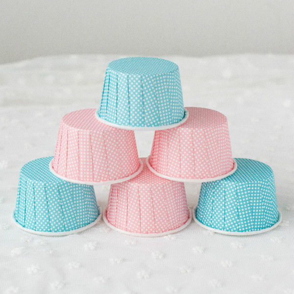 Pink/Blue Point Medium-sized Curling Cake Mold Resistant High Temperature Cupcake Baking Moulds Muffin Cupcake Liners 50pcs