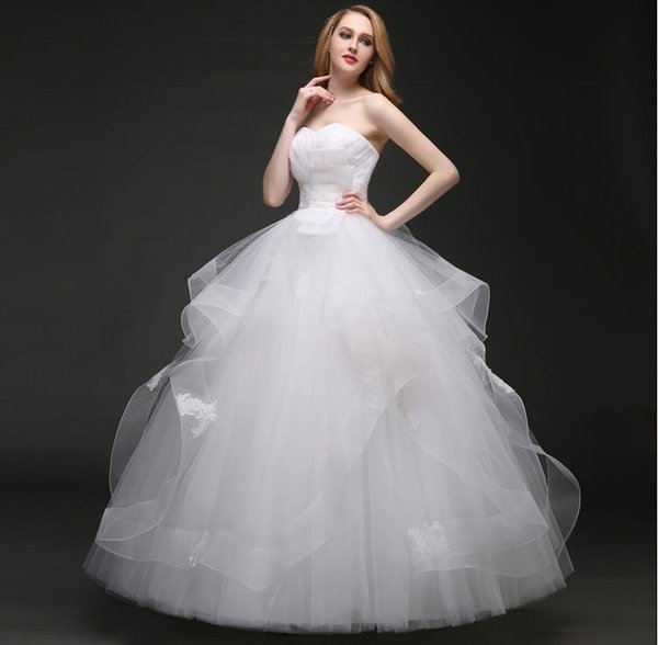 2017 Cheap Strapless Ball Gown Wedding Dresses Plus Size Simple White Gowns Wave Details Lace Tiered Skirts Free Shipping