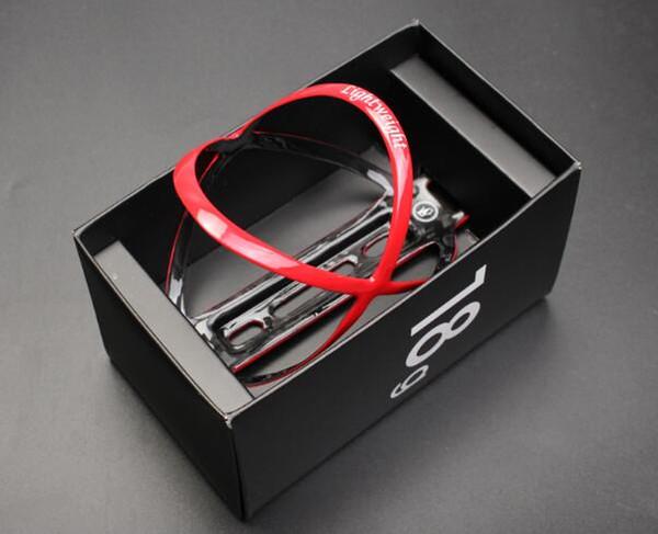rot mit Box