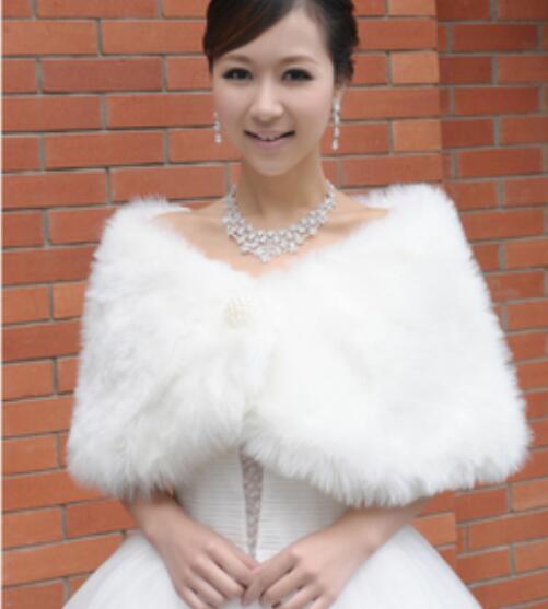 2017 Cheap Bridal Wraps Fake Faux Fur Hollywood Glamour Wedding Jackets Street Style Fashion Cover Up Cape Stole Coat Shrug Shawl Bolero