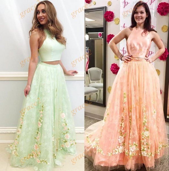 Floral Prom Dresses 2k17 Spring with Halter Neck and Backless Real Models Romantic Peach Tulle Lace 2 Pieces Dance Dress