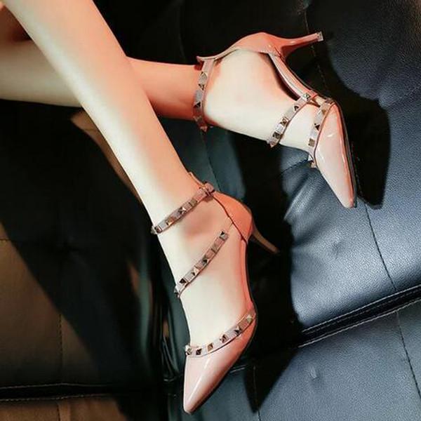 Toptan-Yeni Yaz Bayanlar Siyah Perçin Yüksek Topuklar Ayakkabı Sivri Burun Pompaları Toka Ayakkabı Parti Düğün Elbise Ayakkabı Ücretsiz Kargo