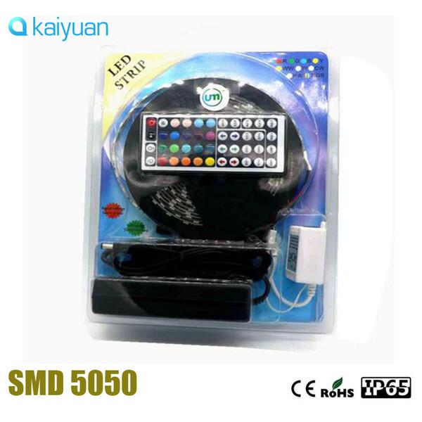 AUF lager vollständiger satz Blisterverpackung 5 Mt 300LEDs 12 V 5050 RGB 60LEDs / m IP65 Wasserdichter LED-Streifen LED-Streifen + 44 / 24Key Controller + Adapter
