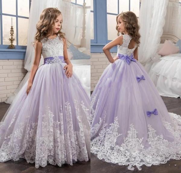 2017 belle ragazze fiore viola e bianco abiti in rilievo pizzo appliqued archi abiti pageant per bambini abiti da festa di nozze per le ragazze
