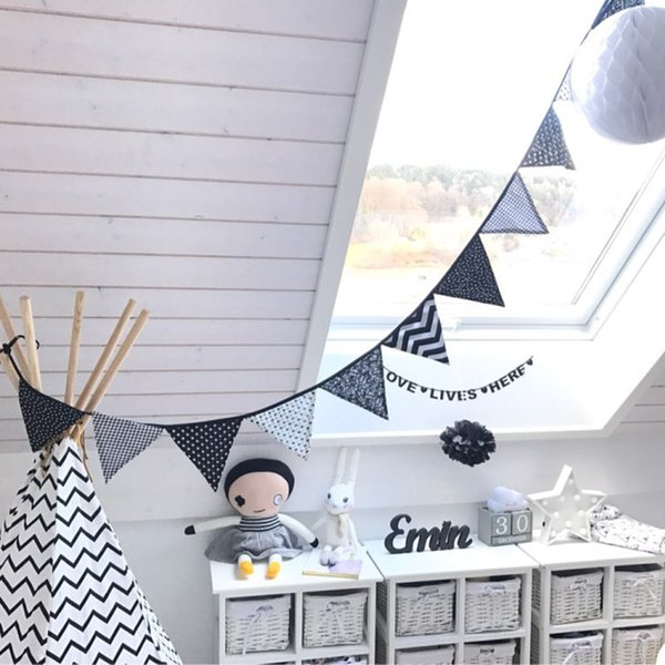 Cotton Fabric Bunting Pennant Flag Banner Garland Black and White Cloth Party Wedding Flags Outdoor Kids Tent Deco Birthday Banner Party Boy