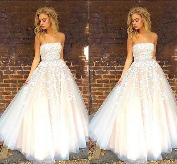 Encantador Strapless vestido de Baile Vestidos de Baile 2017 Mais Novo Branco Champagne Tulle Até O Chão Longo Vestidos de Baile Vestidos de Festa