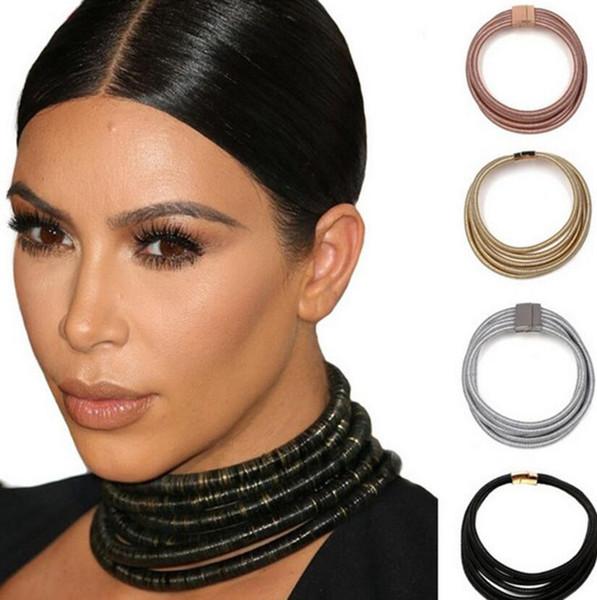 collier ras de cou kim kardashian
