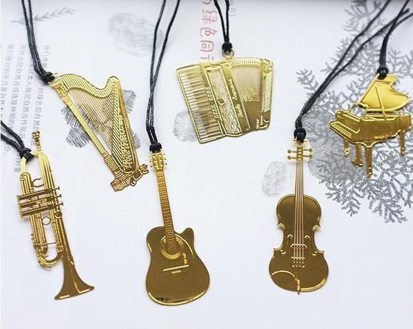 Bookzzicard Golden Metal Music Bookmarks Piano Guitar Trumpet Designs Marcas de papelería Coreana Regalos Regalos Regalos de boda ak128
