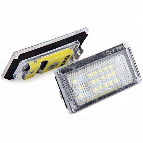 2pcs / LOT 12V SMD 3528 Lumière blanche 18 LED Lampe de plaque d'immatriculation pour BMW MINI COOPER S R50 R52 R53 1996 - 2006 Lumière de plaque d'immatriculation automatique