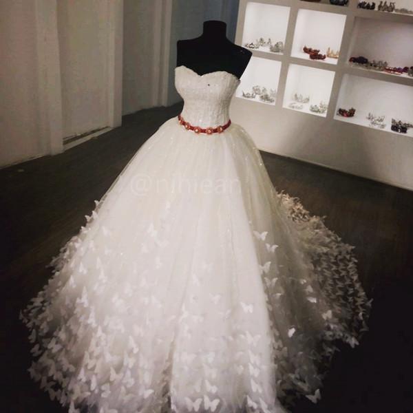 Großhandel Wunderschöne Schatz Backless Weiße Brautkleider ...