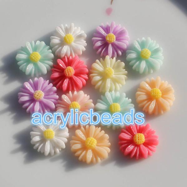 100 adet Charm 13 MM Akrilik Reçine Ayçiçeği Cabochons Düz Geri Boncuk Çiçek Plastik Boncuk Sanat Craft Ayarı Hiçbir Delik