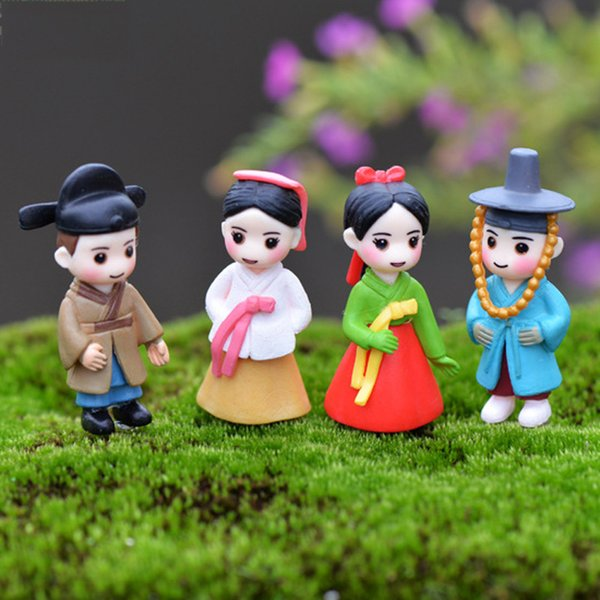 4pcs Korean Figures Fairy Garden Decoration Terrarium Miniatures Baison Tools Micro Landscape Art Craft Gnomes Home Accessories