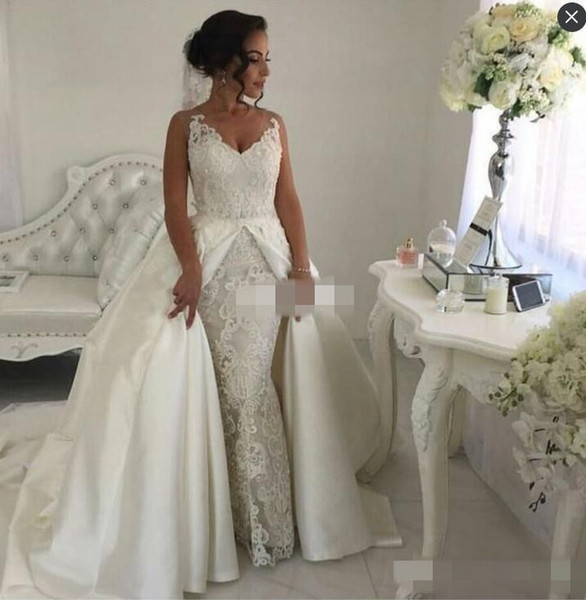 Two in One Lace Wedding Dresses with Detachable Skirts White Satin Sleeveless Vintage Garden Wedding Gowns Formal Bride Dress Plus Siz
