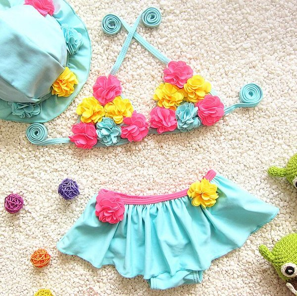 Hot Flower girl bikini swimwear two pieces Swimsuits for children beach clothes 2 colors free ship