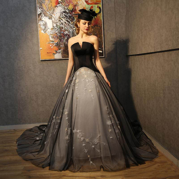 2017 Gothic Black A Line Wedding Dresses Sexy Strapless White Beaded Embroidery Corset Back Bridal Gowns Custom Made Modern