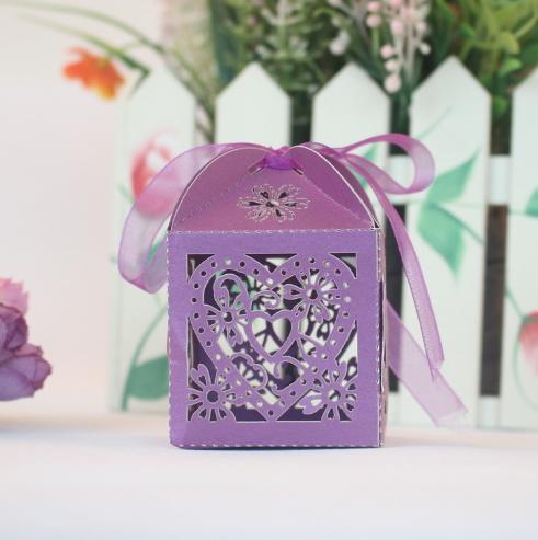 Wedding caixas de doces Amor Coração oco Baby Shower Favors presentes caixa do favor Titulares com partido da fita bolsas de Abastecimento de Papel