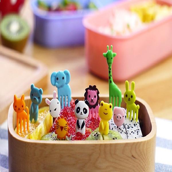 10 pz / set Animal Farm mini cartone animato frutta segno forcella resina frutta stuzzicadenti bento pranzo per bambini decorativo segno di plastica IC533