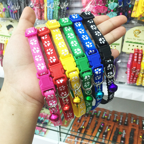 top popular Safety Nylon Dog Puppy Cat Collar Breakaway Adjustable Cats Collars with Bell and Bling Paw Charm width 1.0cm 2020