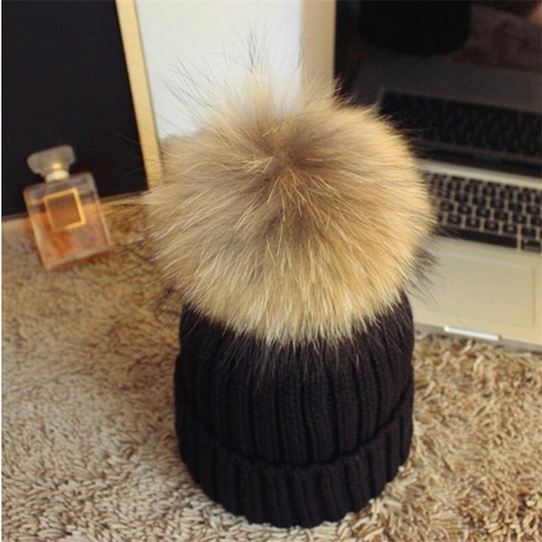 2017 Winter Fashion Raccoon Faux Fur Pom Pom Knitted Beanie Hat Warm Bonnet Skuilles Hats Caps For Women