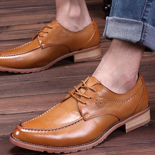 2017 Fashion Men Brogue Formal Shoes Low Top Mens Wedding Shoes British Fashion Cheap Brogue Shoes Men Flats Hot Sale 2017 Free Shipping