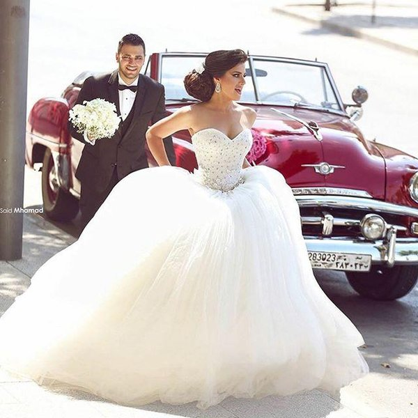 Modest Princess Wedding Dresses Ball Gown Sweetheart Crystal Beaded Top Floor Length Long Said Mhamad Arabic Tulle Bridal Gowns