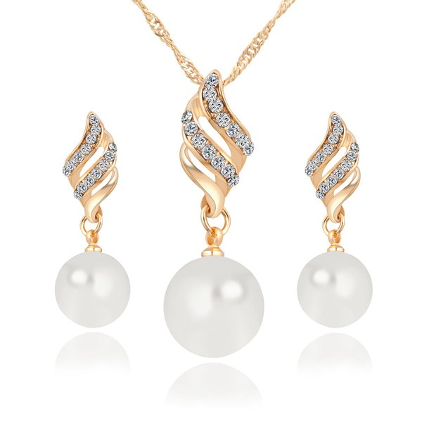 New Alloy Pearl Diamond Necklaces Earrings Jewelry Set Gold White 10pcs Size 35*9mm 41*11mm Weight 13g