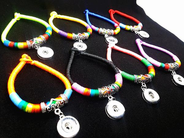 I lotti misti delle donne all'ingrosso Handmade etnico tribale intercambiabile 18mm schiocca i polsini del braccialetto di fascino dei braccialetti di noosa brandnew
