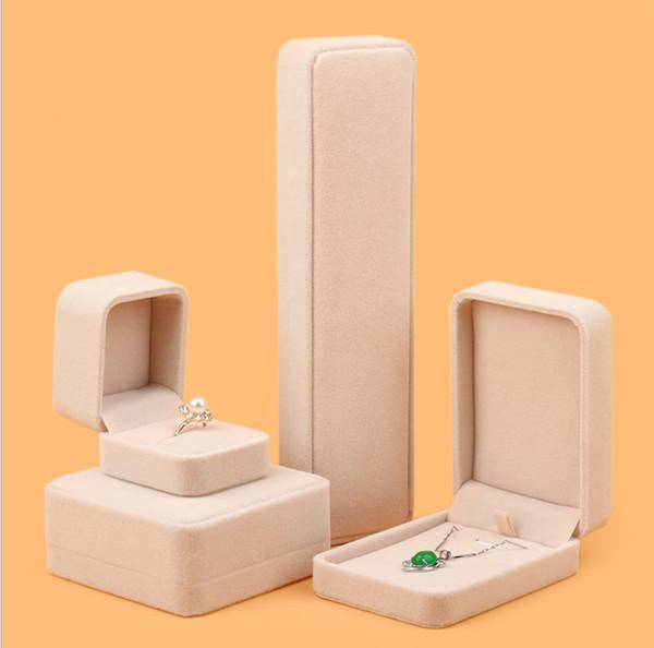 Fashion Simple Style Ring Box For Pendant Bracelet Necklace Jewelry Gift Case Girlfriend Beige Upper-end Velvet Box El anillo de Collar de