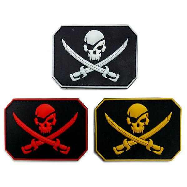 VP-174 Pirate Skull & Swords Glow PVC tactical Patches Tactics Armbands Stick army Patch Badges Rubber Morale patches