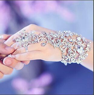 Chegada nova Luxo Diamante Cristal Bridal Glove Luva Fingerless Pulseiras de Jóias de Casamento para a Noiva Venda Quente Frisada Mariage Pulseiras de Noiva