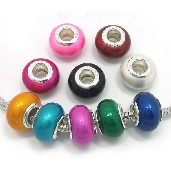 Marca New 100pcs Cores mistura de resina 925 stering núcleo grande buraco pérolas soltas caber pandora Europeu jóias encantos pulseira DIY