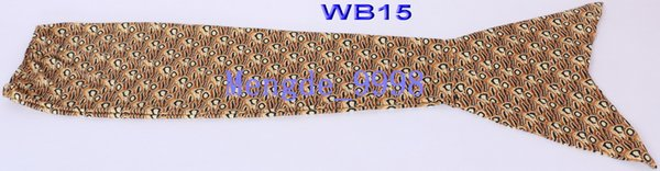 WB15-Brown Flower Pattern