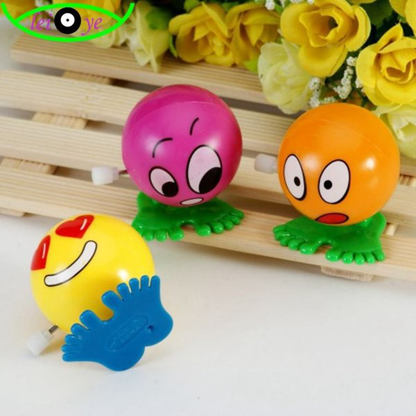 Look on the chain jumping ball clockwork toy wholesale cartoon smiley faces a nostalgic bouncing ball
