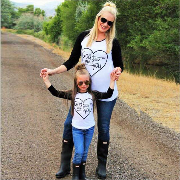 top popular Mother Daughter Clothes dress Mommy and Me family matching girls Christmas Tees Children clothing Baby kids woman Outfit QZZW080 2019