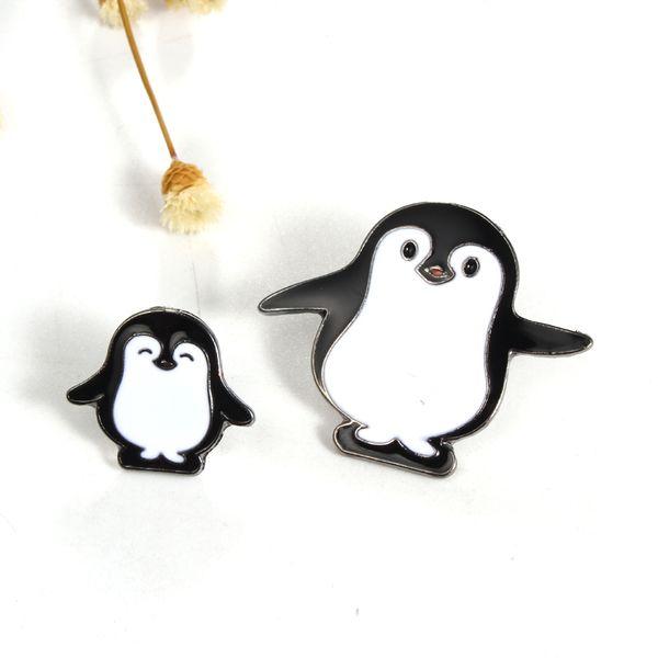 Atacado- 1pc Harajuku liga esmalte Kawaii branco preto pinguim Broche emblemas alfinetes de lapela segura broches Cachecol Cool Boy mulheres jóias presentes