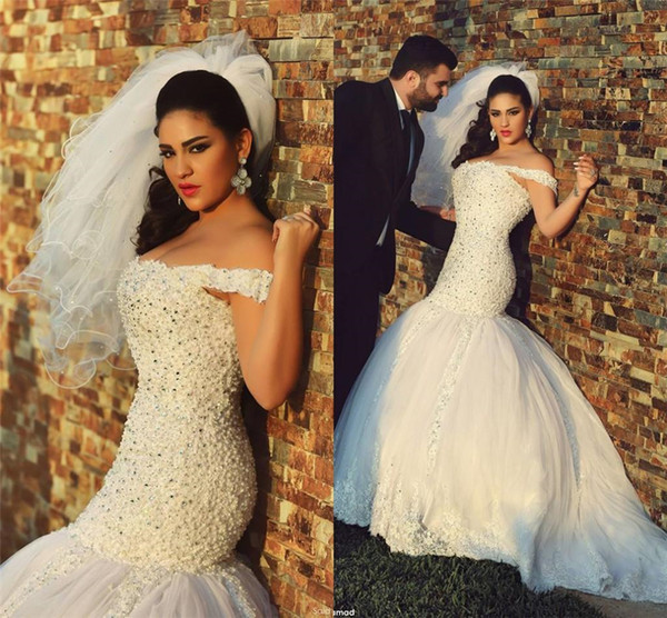 best selling Off the Shoulder Pearls Crystals Tulle Sweep Train Wedding Gowns Vintage Bridal Gowns Muslim Wedding Gowns Mermaid Lace Wedding Dresses