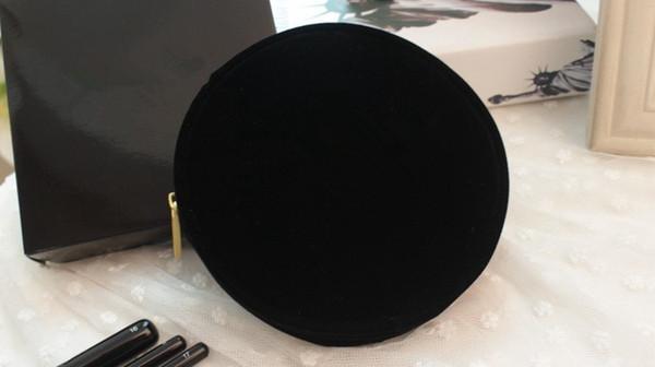 VIP Geschenk Black Velvet Make-up Tasche Berühmte Logo Schönheit Kosmetik Fall Luxus Party Make-up Veranstalter Tasche elegante Kulturbeutel Clutch